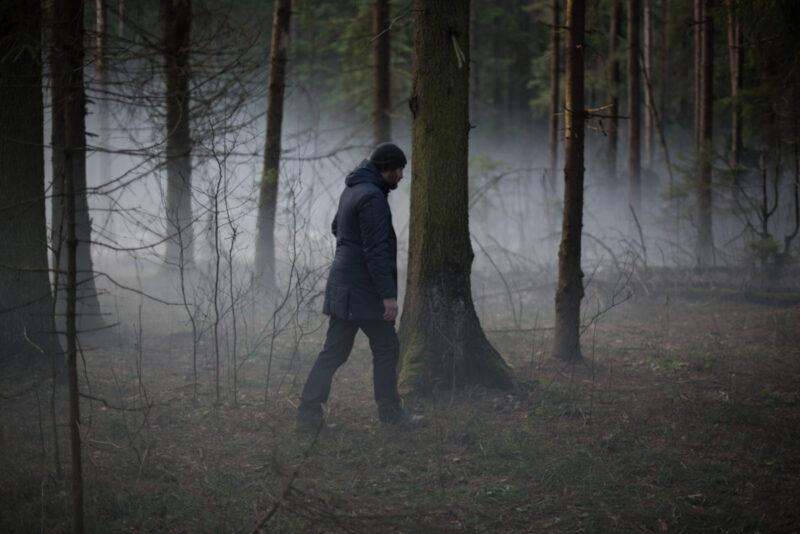 Loveless - Boris cerca Alyosha nel bosco