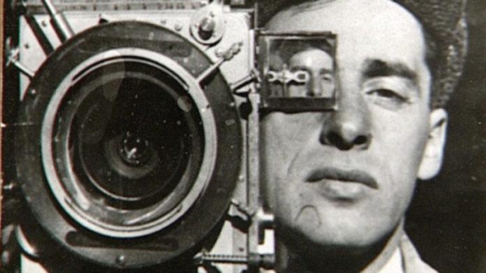 l'uomo con la macchina da presa - Vertov