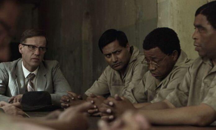 Atto di difesa, recensione: inedito Mandela raccontato dal tribunale