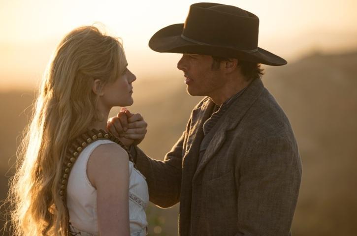 Dolores e Teddy Westworld
