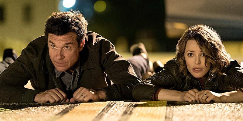 Jason Bateman e Rachel Mc Adams in una scena tratta dal film