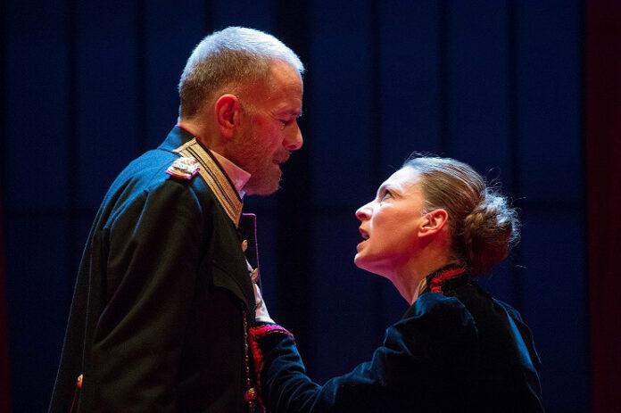 W il Teatro-2 Low - Il padre - Gabriele Lavia, Federica Di Martino