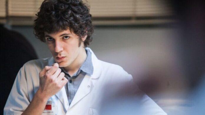 Ippocrate, recensione: la sanità francese tra dramma e commedia