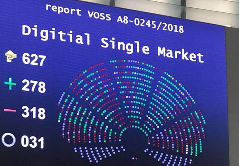 Esito voto copyright Parlamento Europeo