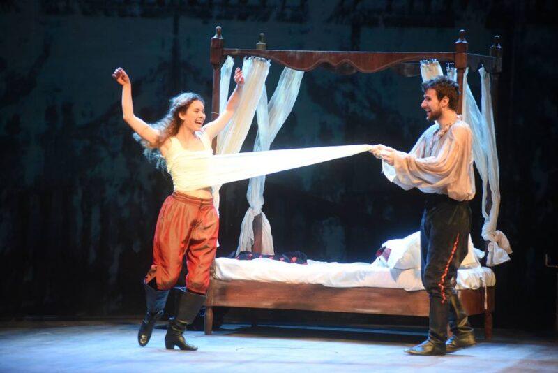 Lucia Lavia e Marco De Gaudio in Shakespeare in Love
