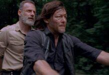 The Walking Dead 9- Andrew Lincoln (Rick) e Norman Reedus (Daryl) in una scena di Obbligati