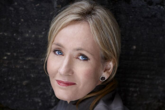 J.K. Rowling, primo piano