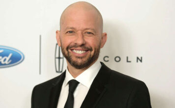 Jon Cryer - Supergirl