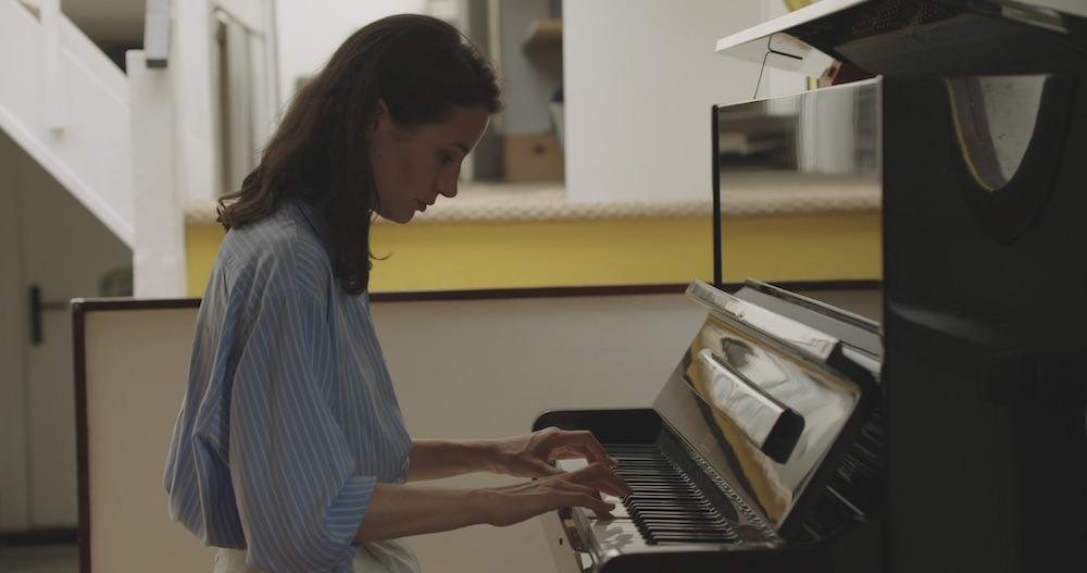 Le Ninfee di Monet - Un incantesimo di acqua e luce - Elisa Lasowski suona il piano
