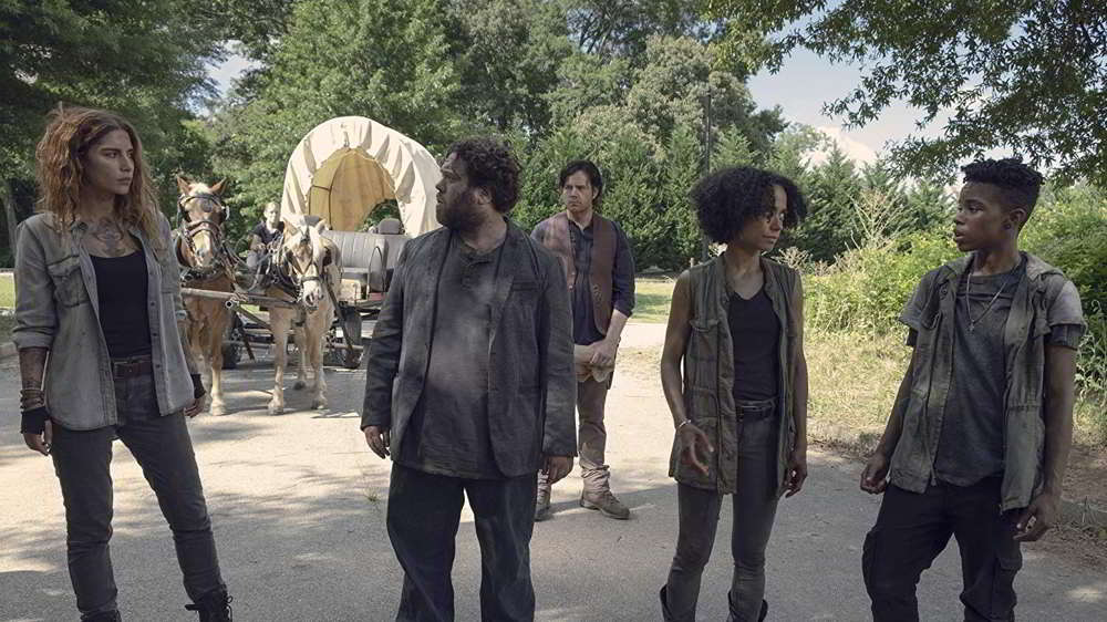 """The Walking Dead 9 - L'arrivo di Magna e del suo gruppo ad Alexandria nell'episodio """"Chi sei adesso?"""""""