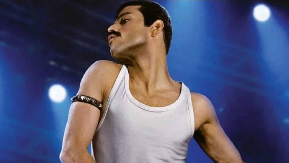 Bohemian Rhapsody - Rami Malek nella somigliante interpretazione del frontman dei Queen Freddy Mercury