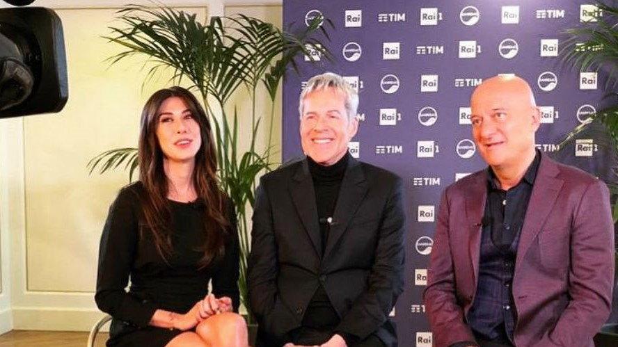 Claudio Baglioni insieme a Virginia Raffaele e Claudio Bisio