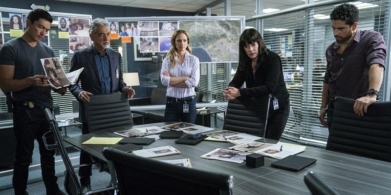 Criminal Mind - i protagonisti della serie in una scena