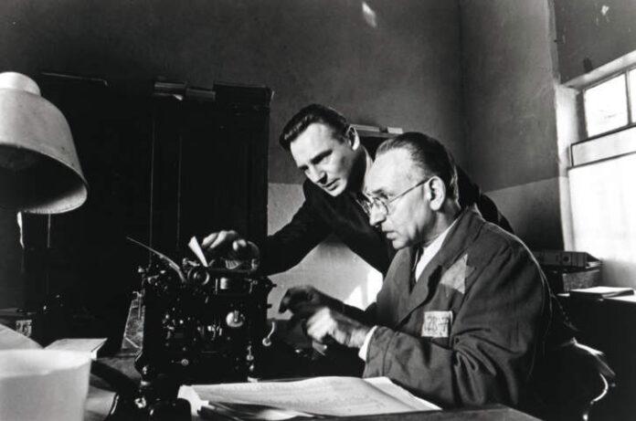 Giornata della Memoria - Schindler's con List Neeson & Kingsley ©Universal Studios