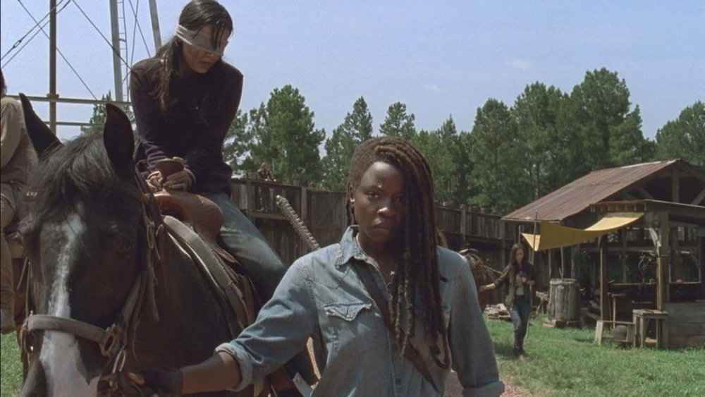 The Walking Dead 9 - Danai Gurira (Michonne) in una scena di Adattarsi