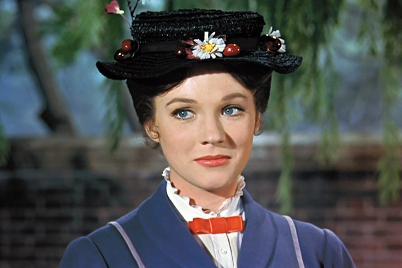 Julie Andrews nei panni di Mary Poppins (1964)