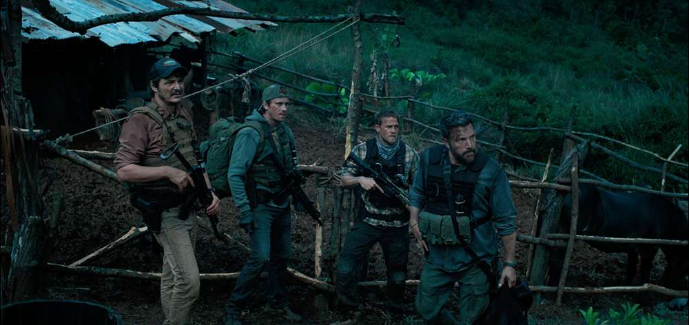 Pedro Pascal, Garrett Hedlund, Charlie Hunnam e Ben Affleck in Triple Frontier
