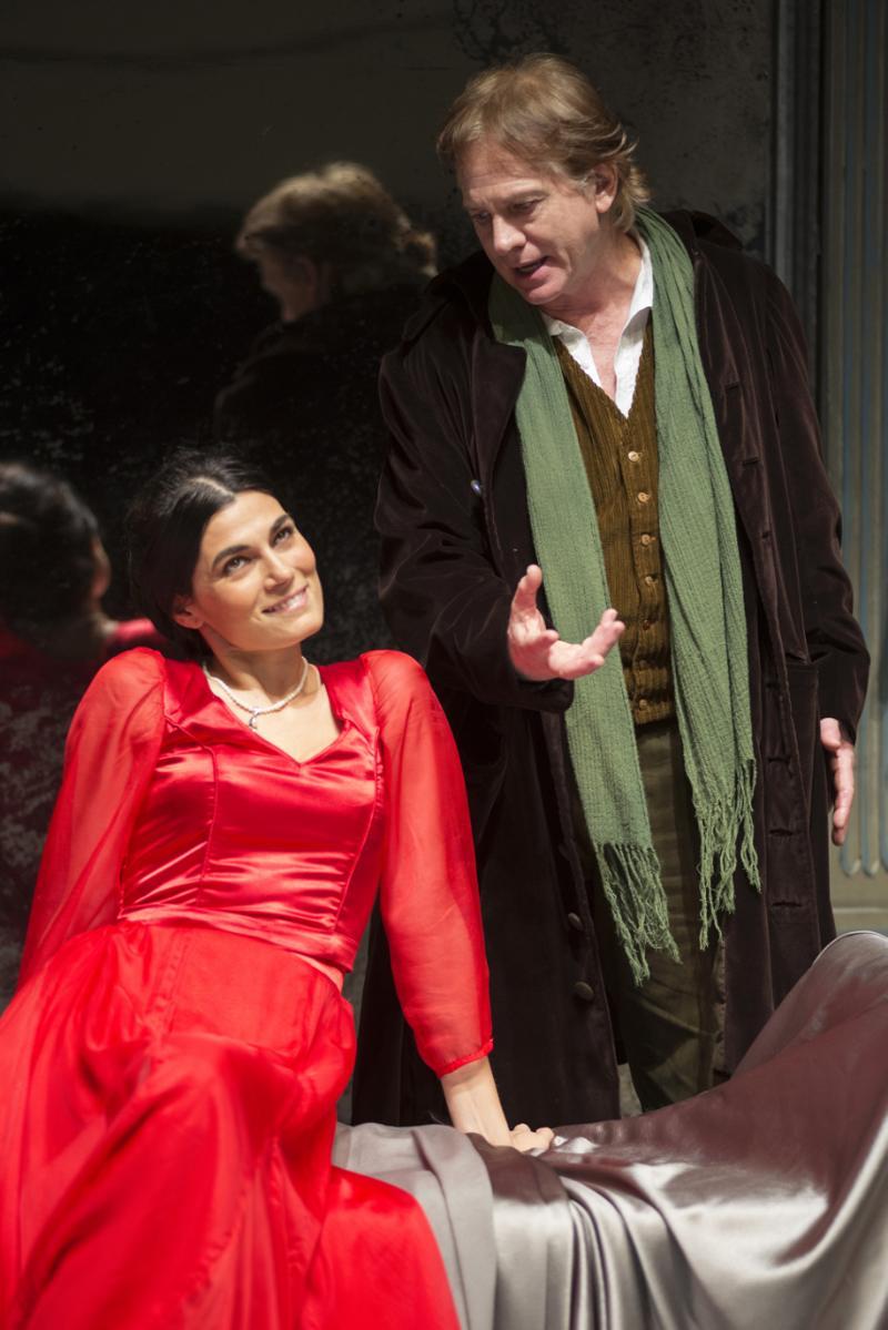 Uno scatto di Lanzetta Capasso che ritrae Scarpati e Solarino in scena