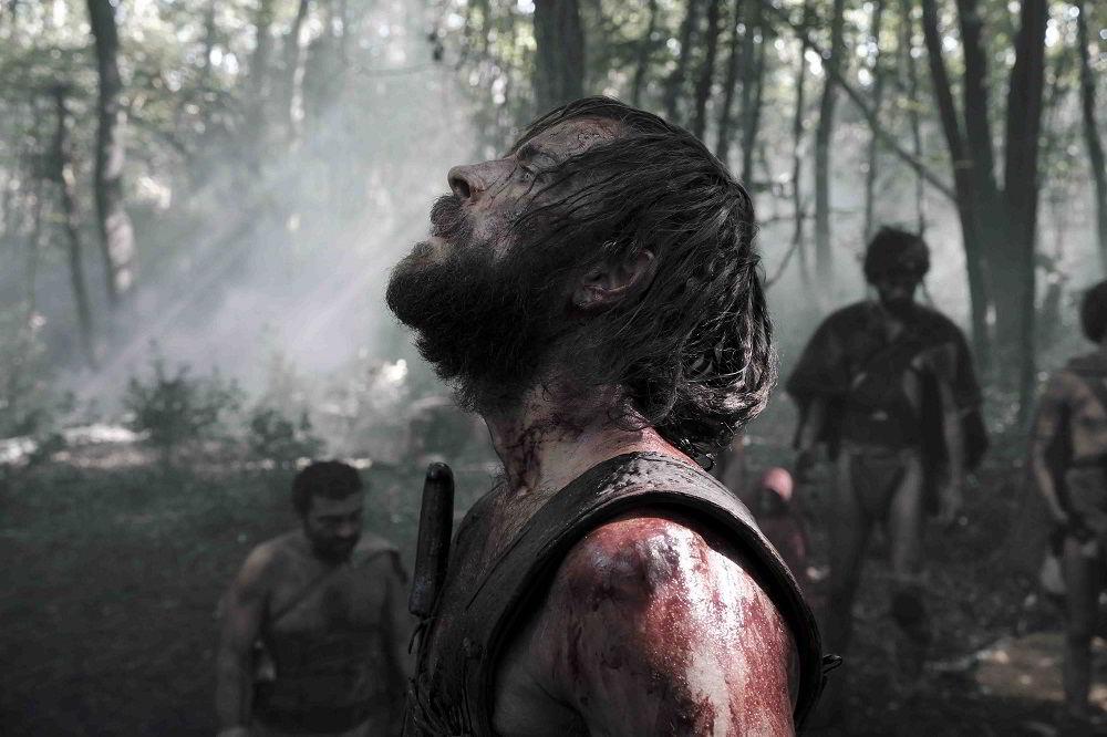 Alessandro Borghi in una scena de Il primo Re