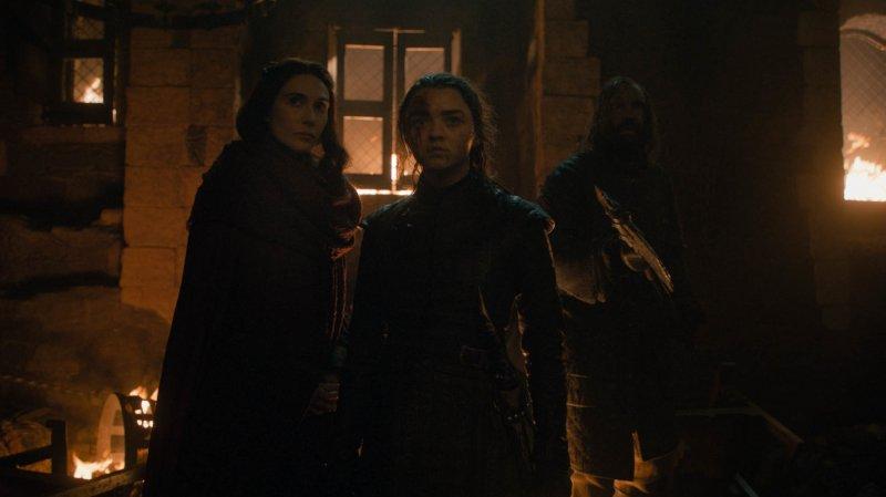 Il trono di spade - Maisie Williams (Arya Stark) Carice Van Houten (Melisandre) e Rory McCann (il Mastino)