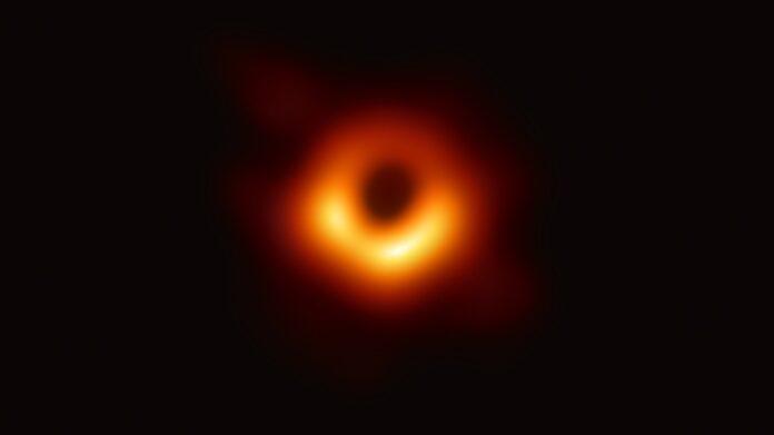 La fotografia del Buco Nero