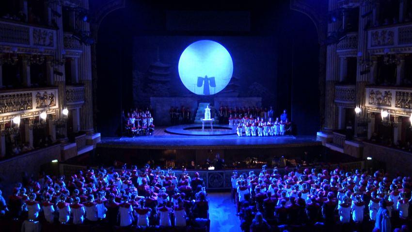 Un frame dell'opera Turandot