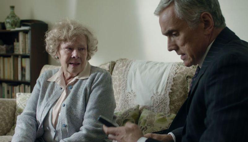Red Joan: Judi Dench in una scena del film