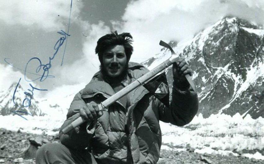 Una foto autografata di Walter Bonatti