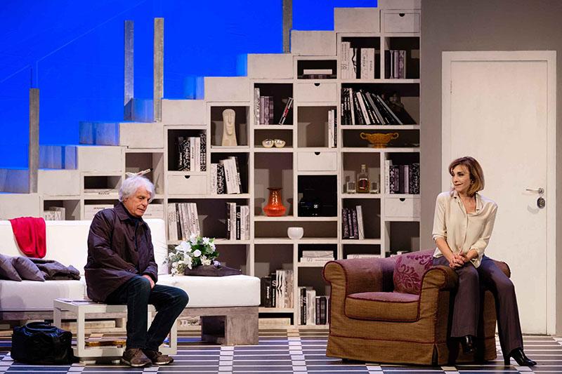 Piccoli crimini coniugali: Michele Placido e Anna Bonaiuto in scena