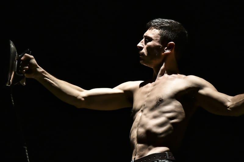 Teatro Vascello - Circo El Grito in Uomo calamita