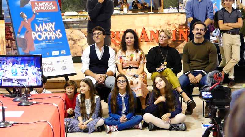 Mary Poppins - il cast in conferenza stampa