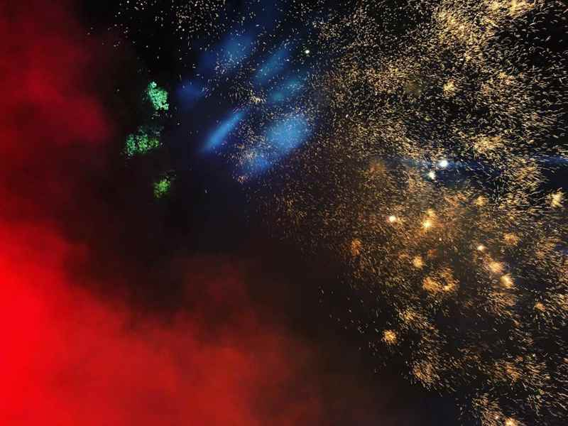 Niccolò Fabi - Fuochi d'artificio per festeggiare il disco e invitare all'ascolto