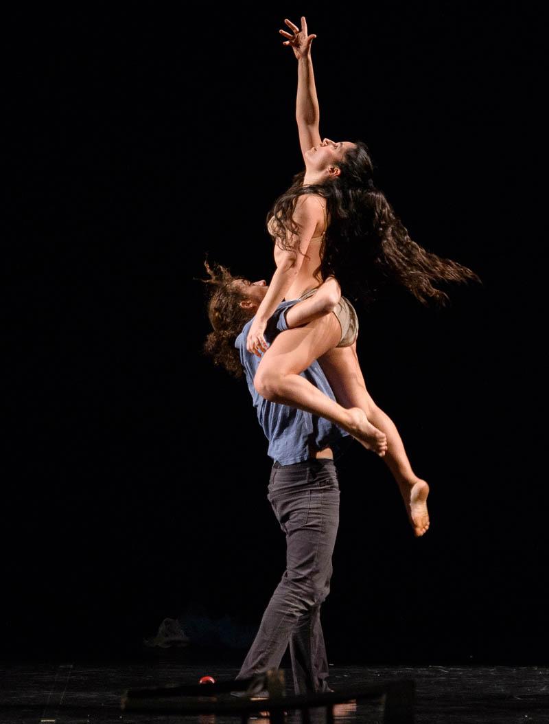 Spazio Diamante: il 6 dicembre sarà di scenaROMANZA - trittico dell'Intimità di Cie Twain physical dance theatre direzione artistica,coreografia e regia Loredana Parrella