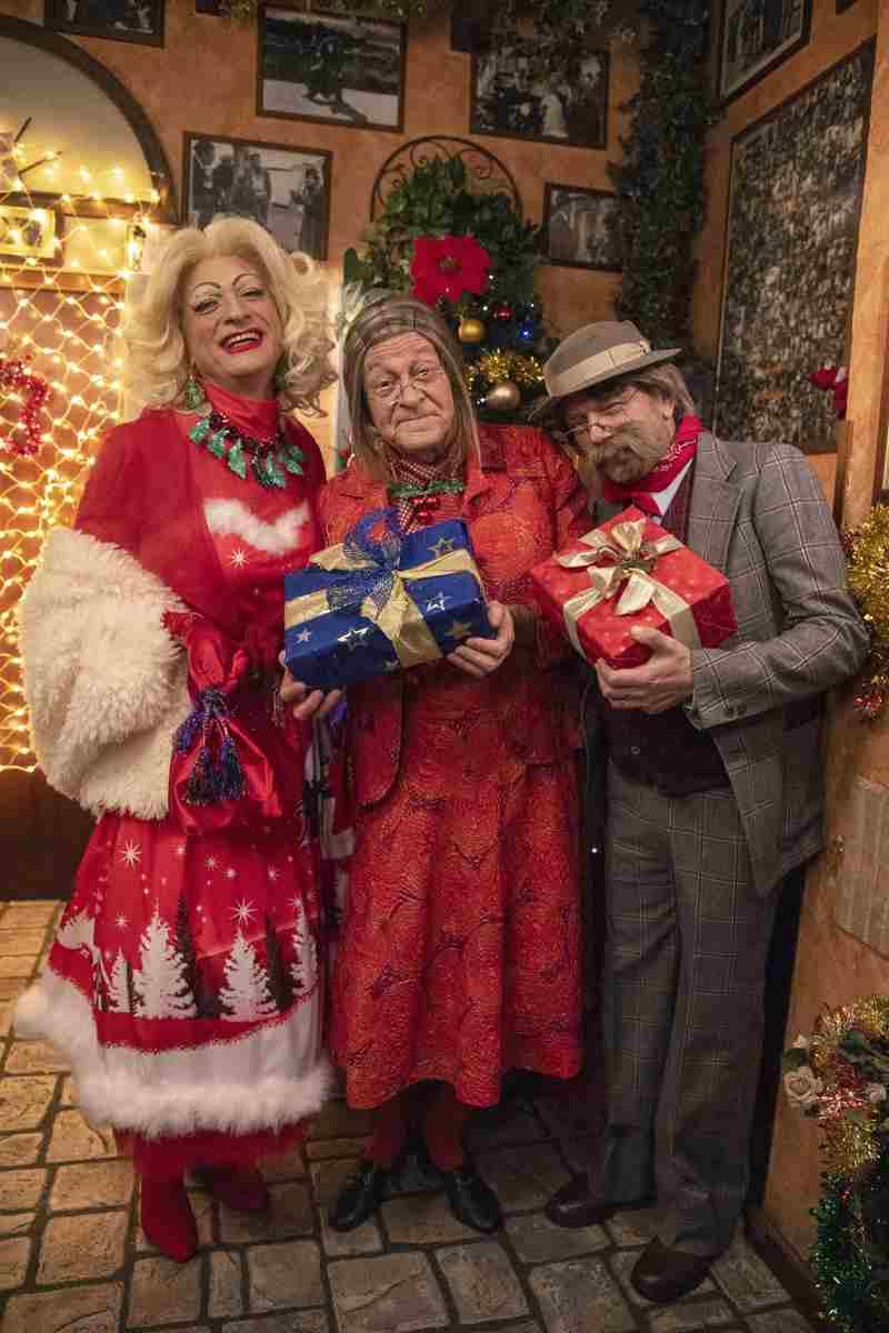 I Legnanesi - Non è Natale senza panettone