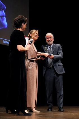 Lucia Lavia riceve la menzione speciale come Migliore attrice emergente dell'anno