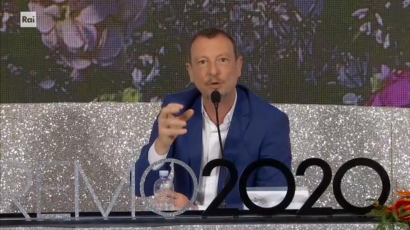 Sanremo 2020 - Amadeus in conferenza stampa quinta serata