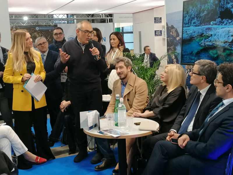 Valentina Trotta, gli attori Paolo Ruffini e Sandra Milo Incontro Bit