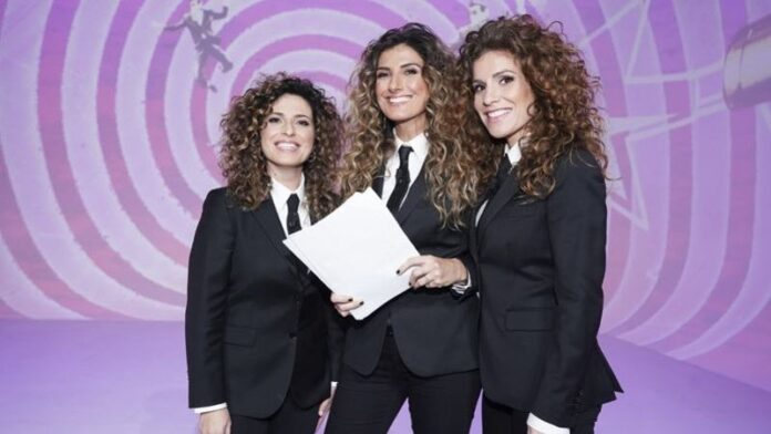 Veronica Ruggeri, Nina Palmieri e Roberta Rei - Le Iene Show 5 marzo