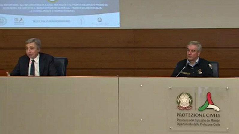 30 aprile: la conferenza stampa tenuta dal capo Dipartimento della Protezione Civile Angelo Borrelli insieme al prof. Luca Richeldi, primario del reparto di Pneumologia del Policlinico Gemelli di Roma