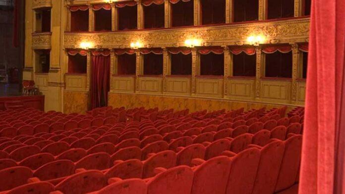 Il teatro di Roma verso il ritorno dal vivo: dal 15 giugno un mix digital e live