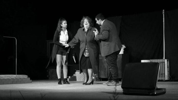 Teatro Flavio, dal 23 al 25 ottobre va in scena A piedi nudi nel parco