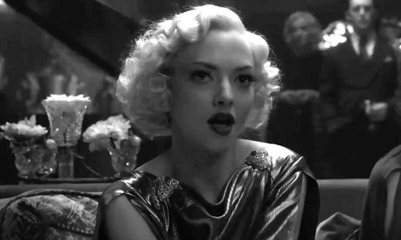 "Amanda Seyfried è Marion Davies in ""Mank"""