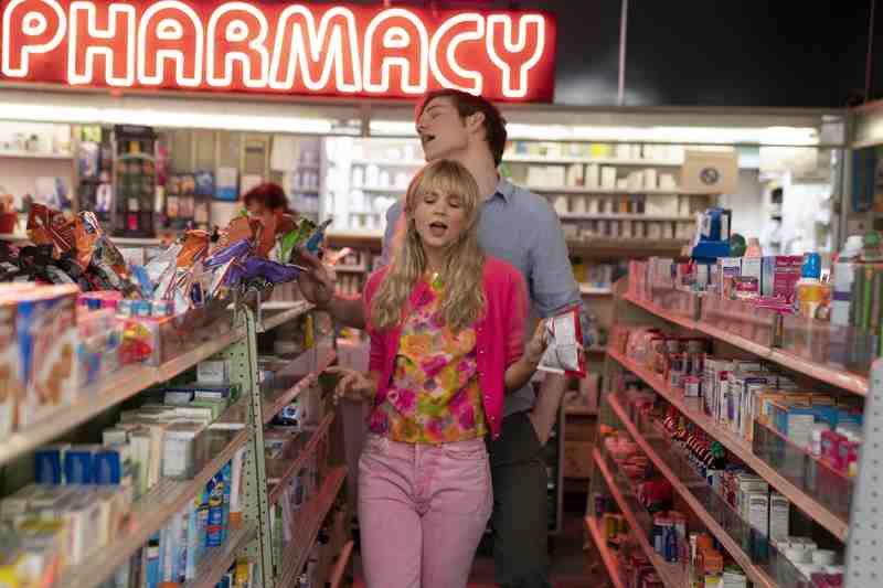 Una donna promettente - Carey Mulligan e Bo Burnham