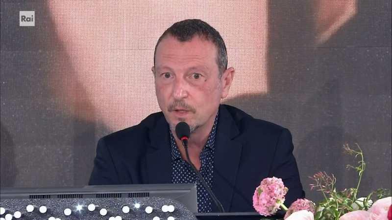 Conferenza Sanremo 2021 prima serata - Amadeus