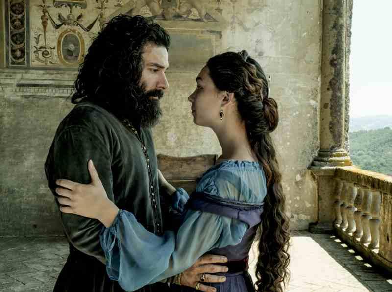 Leonardo - Aidan Turner e Matilda De Angelis (foto Fabio Lovino)