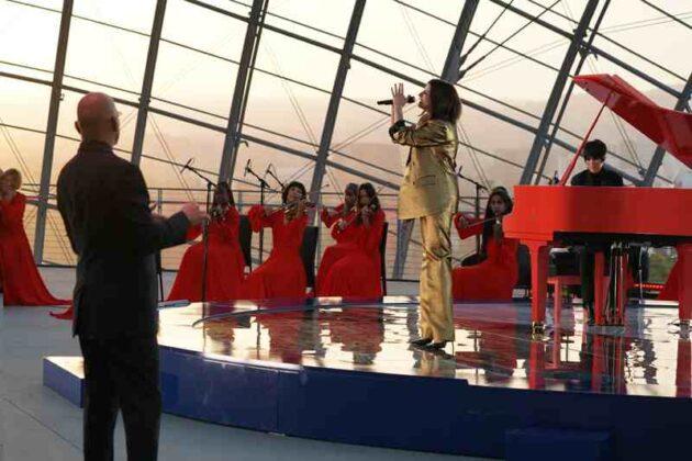 Oscar 2021 - Laura Pausini e Dianne Warren performance 7