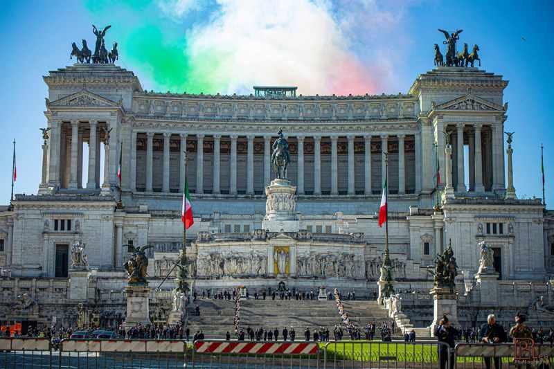 Il Vittoriano con l'Altare della Patria (foto Barbara Rea)